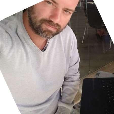 johan : Consultant Web / SEO - Développeur