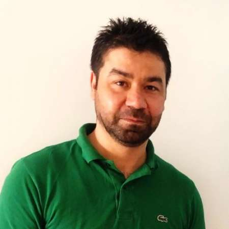 Aymen : Senior PHP developer / AWS Cloud Development