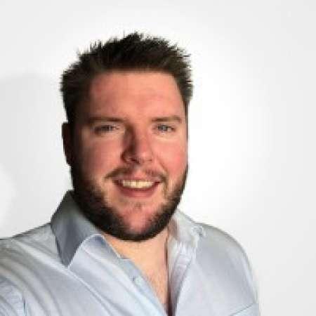 Julien : Chef de projet Senior SI / ERP