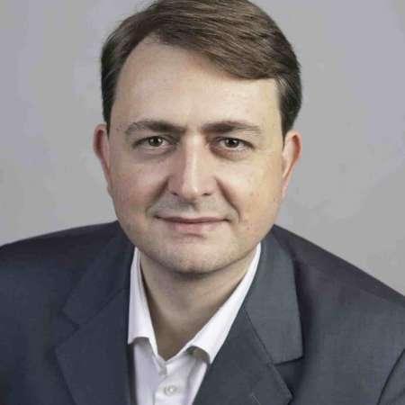Édouard : Directeur - Expert SAP