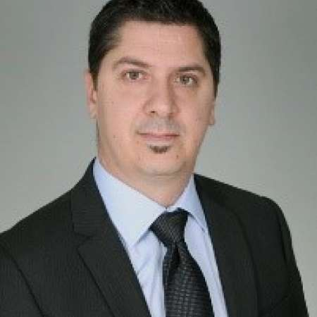 Frédéric : Directeur de Projet - International